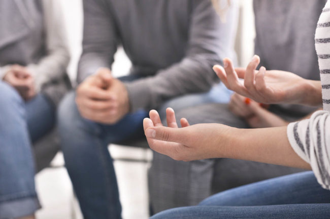 group discusses the effectiveness if alcoholics anonymous